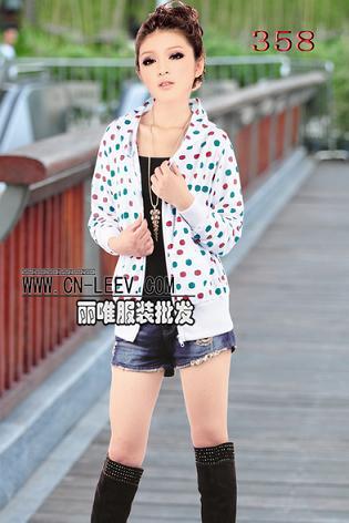 广州有哪些男女服装批发市场,最流行个性服装批发哪里找
