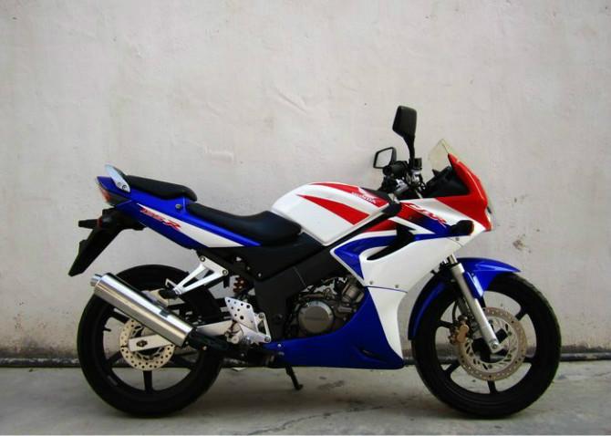 临汾本田CBR125RR摩托车本田专卖店价格