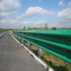 新疆乌鲁木齐高速波形护栏规格参数价格
