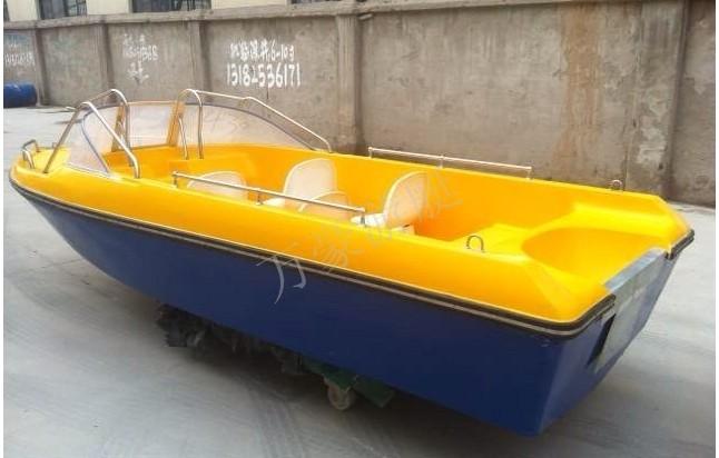 万豪590敞开艇、双层快艇