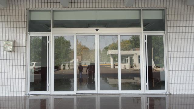 上海门禁安装门禁移机门禁维修的形象照片