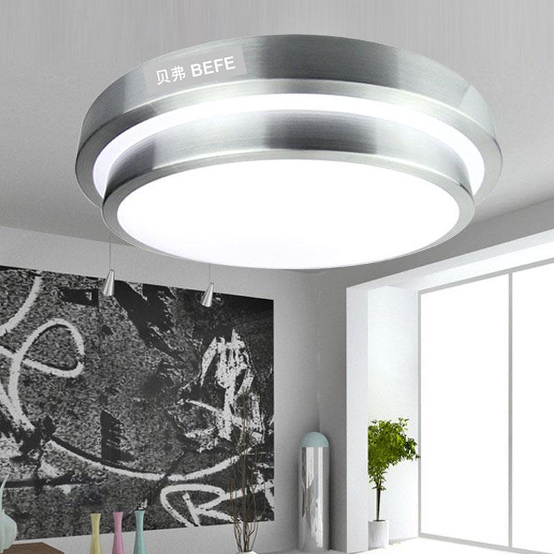 详细描述: BEFE贝弗LED吸顶灯光效高、耗电少,寿命长,易控制,免维护,安全环保,是新一代冷光源,比管形节能灯省电,亮度高,投光远,投光性能好,使用电压范围宽,光源通过微电脑内置控制器,可实现LED七种色彩变化,光色柔和、艳丽、丰富多彩、低损耗、低能耗,绿色环保。 产品特点: 1、无紫外线红外线辐射,所以不招虫,无光线污染; 2、可以根据需要提供各种色温的光线; 3、无玻璃零部件,耐冲击、振动,便于运输; 4、安全性高,对人体没有任可伤害,节能降耗; 5、可选无线遥控调光 光控开关 声控开关 人体感应
