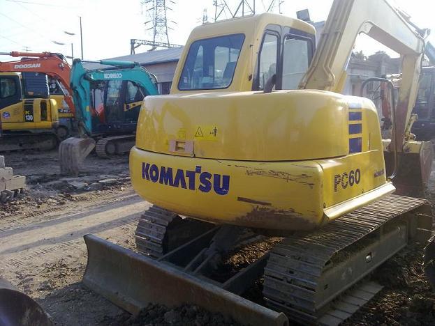 二手小松PC60-7挖掘机