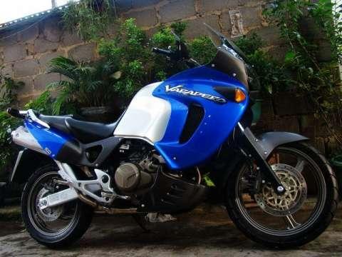 湖南摩托车销售处出售最新款本田沙漠狼人1000进口原装摩托车跑车