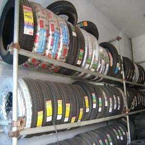 回力轮胎 型号:185/70R13 花纹:R23 级别:86T