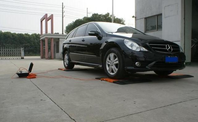 汽车轴轮荷测试仪性能卓越!深受宝马 大众 克莱斯勒等国际品牌汽车