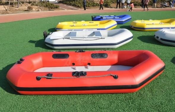万豪橡皮艇可配马达 皮划艇/汽艇/充气船艇