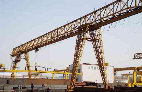 电动单梁门式起重机 单主梁门式起重机厂家 通用矿山