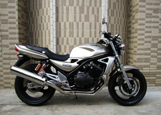 川崎宝马250摩托车价格