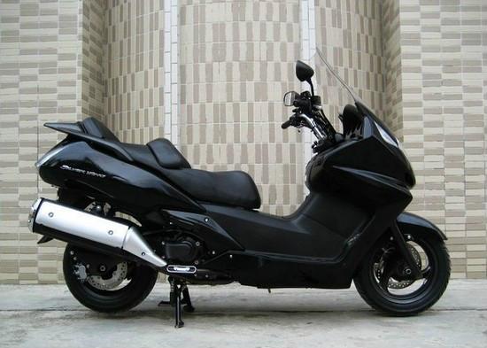 本田银翼600摩托车价格