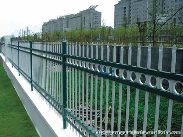 供应路边栅栏|阳台栅栏|园林护栏网厂家,质量保证