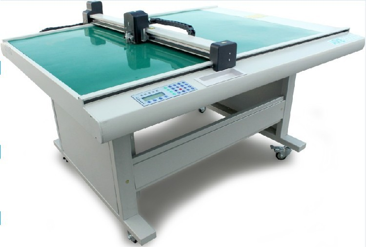 优惠销售服装CAD平板切割机 ET平板切割机