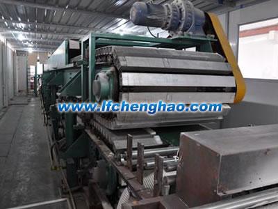 聚氨酯彩钢复合保温板生产线