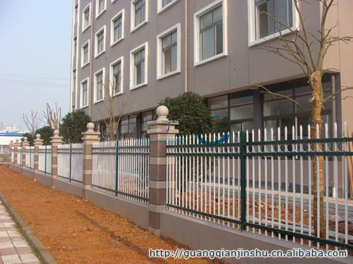供应护栏网、金属网片围栏、新型环保护栏、组装式静电喷涂栅栏
