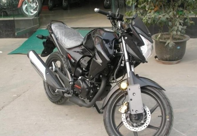 五羊本田幻影150摩托车最新报价
