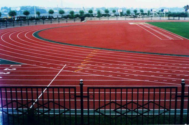 供应广西塑胶跑道 柳州塑胶跑道 桂林塑胶跑道建设