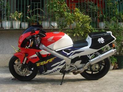 天津二手摩托车小黄峰CB400交易市场