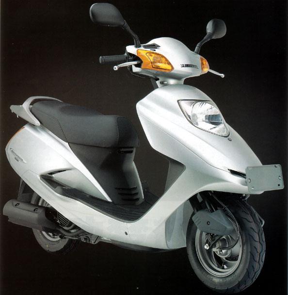 五羊本田追梦125踏板摩托车 摩托车报价