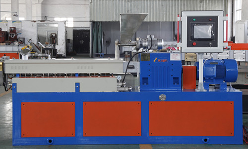 PE、PP、PS、PVC、PA、ABS透明合金料双螺杆造粒机