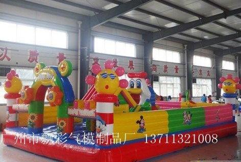 广东出租充气城堡充气水上乐园趣味运动会