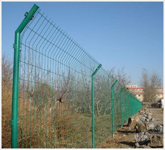 场地护栏网、护栏网分析、护栏网加工