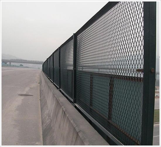 桥梁护栏网、护栏网价格、护栏网处理