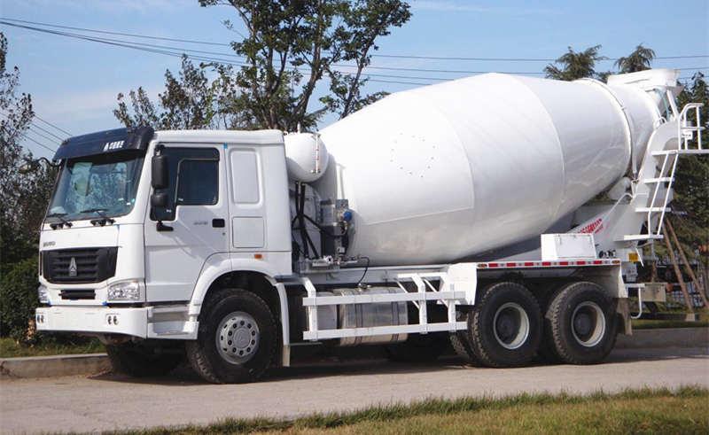 豪沃340马力10立方水泥搅拌车_混凝土搅拌罐车