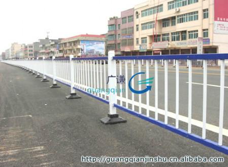 护栏厂家安平厂家供应静电喷涂护栏网_市政隔离栅围墙围栏