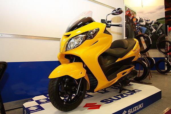 铃木天浪250 铃木摩托车报价 踏板摩托车