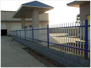 铁艺栅栏、护栏网供应、护栏网供应商