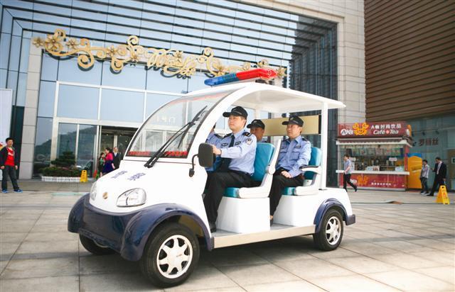 供应湖北宜昌景区电动治安巡逻车电瓶游览车
