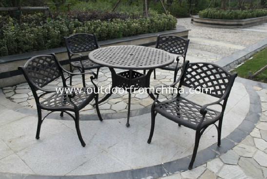 供应酒吧餐厅编藤桌椅,铸铁桌椅,实木桌椅
