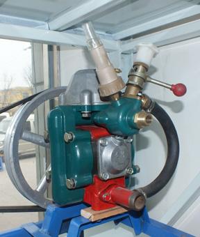 金蜂ZMB240型隔膜泵,丰台打药泵热卖,北京打药机维修,喷药机