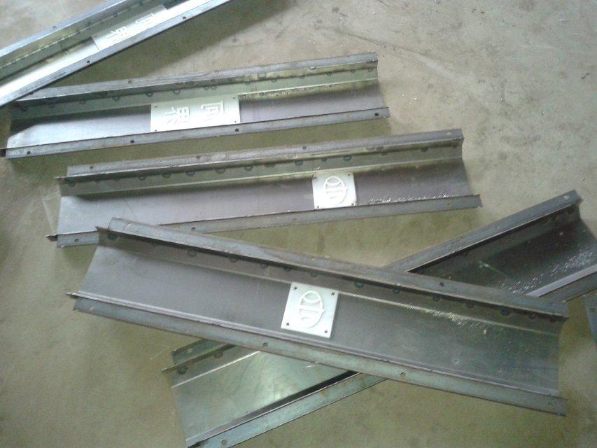 水渠沟盖板模具,隧道盖板模具,高铁遮板模具,高铁路基栅栏模具