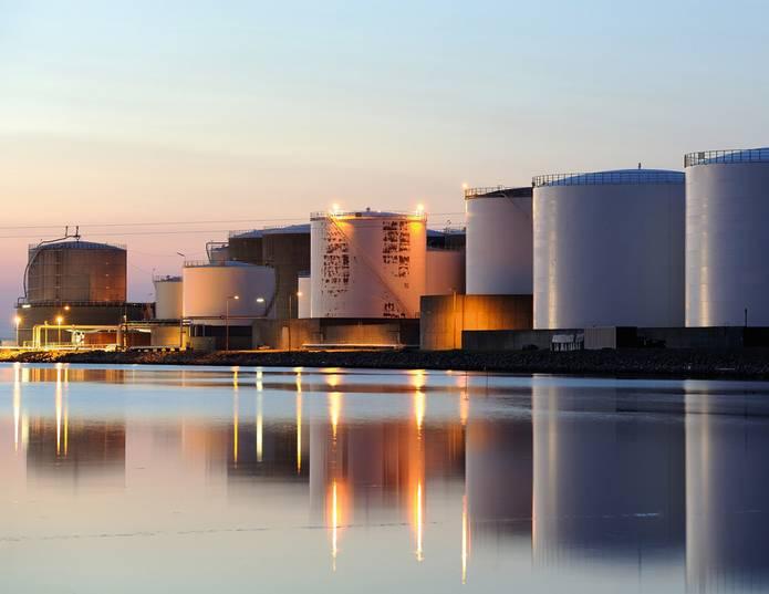 蒸馏塔以及水洗塔洗涤塔工程.拥有强大技术团队