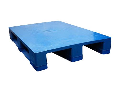 供应北京塑料托盘,通用塑料垫板,唐山塑料周转箱