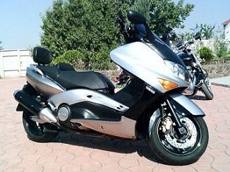 出售全新原装进口雅马哈 TMAX500踏板车2300元
