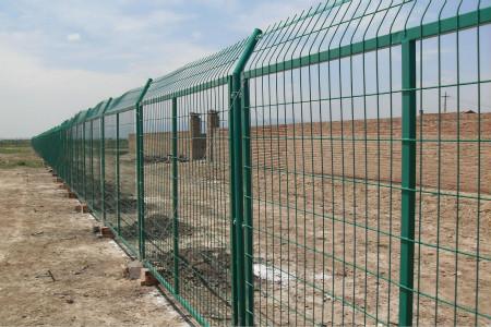高速公路防护栏多钱一平方米