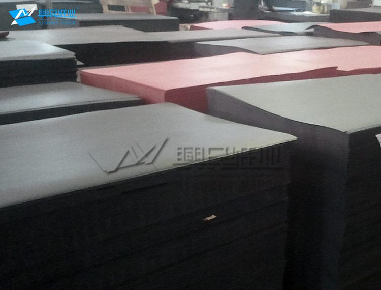 供应黑纸 纸盒专用黑卡纸 挺度好 不变形 包装首选