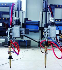 龙门式耐磨板自动堆焊设备