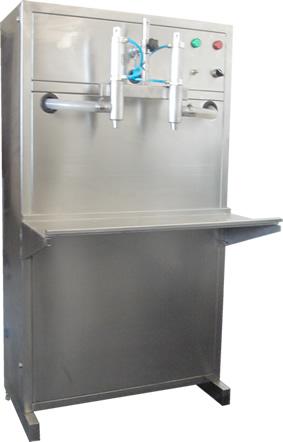 机油润滑油灌装机 防冻液灌装设备 玻璃水自动灌装机
