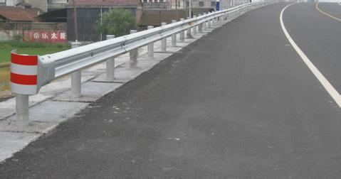 西昌凉山双波波形护栏波纹板波形梁钢护栏板供应厂家