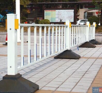 南宁锌钢道路护栏红昌科技护栏更耐用
