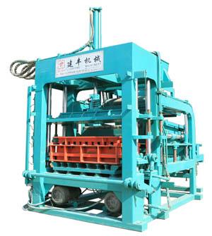 西安建丰液压压砖机空心砖机
