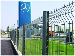 桃形柱护栏网、护栏网材质、护栏网性质