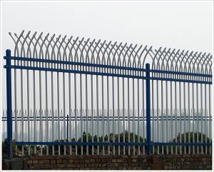 铁艺围墙、护栏网经销、护栏网使用
