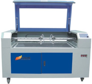 无纺布服装布料激光切割机BLCF-1006