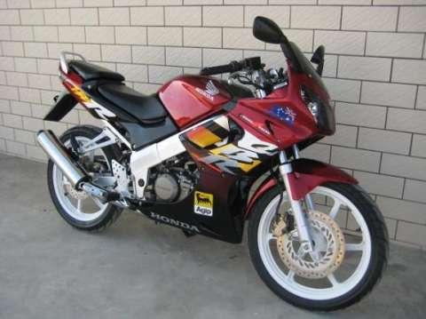 本田CBR150长期经营出售欢迎来电买摩托车
