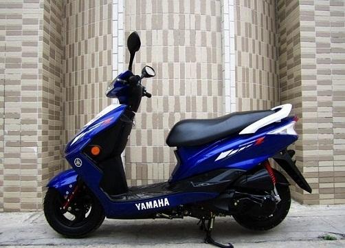 雅马哈迅鹰125踏板摩托车价格