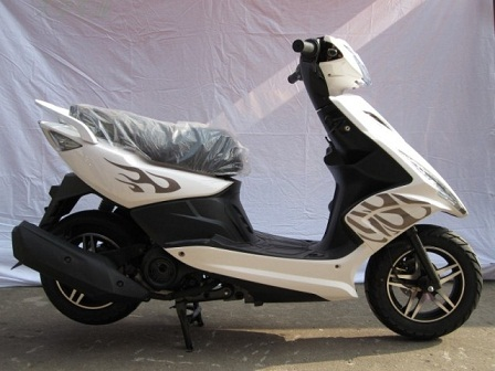雅马哈鬼火轻型摩托车价格